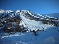 Катание на горных лыжах в горах Узбекистана